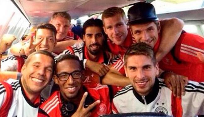 Jogadores fazem selfie após vitória em cima do Brasil - Foto: Reprodução