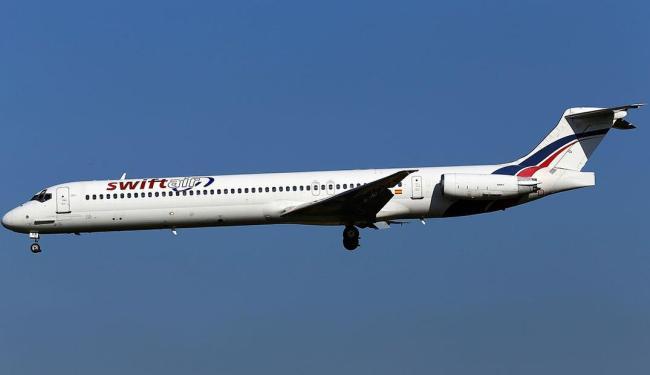 Avião da empresa Swiftair estava com 110 passageiros e 6 tripulantes a bordo - Foto: Kevin Cleynhens   Reuters