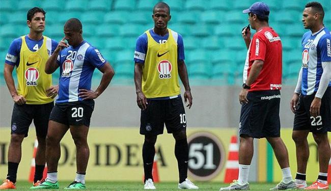 Técnico Marquinhos Santos trabalhou com o grupo no palco do jogo na terça-feira - Foto: Divulgação l E.C. Bahia