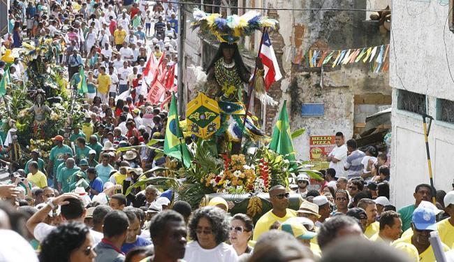 Cerca de seis mil pessoas acompanharam o desfile cívico da independência da Bahia - Foto: Fernando Amorim | Ag. A TARDE
