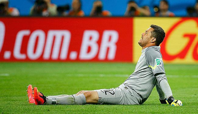 Após o vexame, o goleiro brasileiro admitiu que