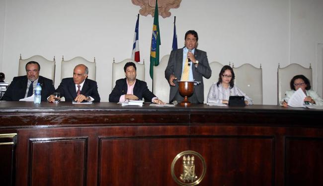 Postulantes ao governo participaram do debate realizado pelo Mestrado em Segurança Pública - Foto: Lúcio Távora | Ag. A TARDE
