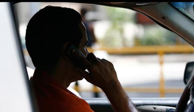 Serviços de telefonia fixa e móvel têm mais queixas junto aos órgãos de defesa do consumidor - Foto: Ronaldo Silva | Ag. A TARDE
