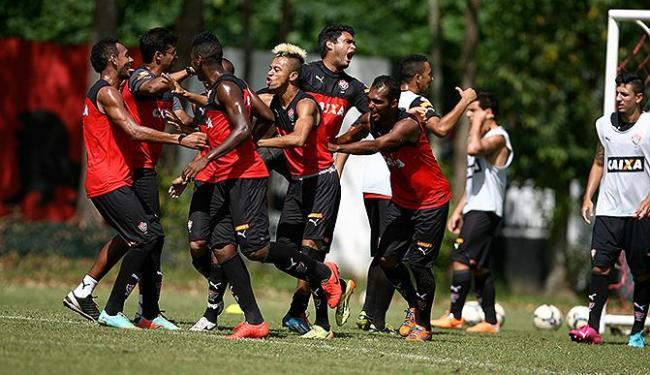 No treino antes da viagem para Belo Horizonte, jogadores mostram animação - Foto: Joá Souz | Ag. A TARDE