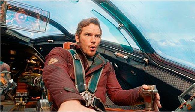 Chris Pratt interpreta o único humano da trupe, Peter Quill, o Senhor das Estrelas - Foto: Divulgação