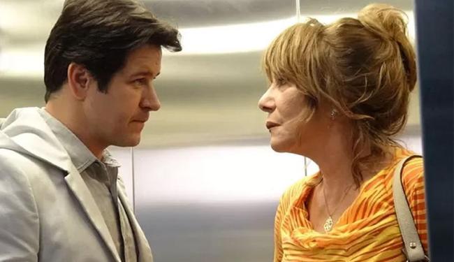Jonas assusta Gláucia no elevador e faz ameaças - Foto: Reprodução   TV Globo