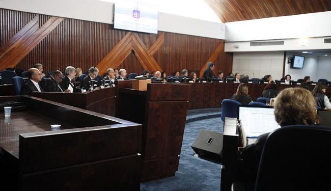 O pleno do TJ-BA decidiu ontem remarcar o julgamento para o próximo dia 30 - Foto: Edilson Lima   Ag. A TARDE