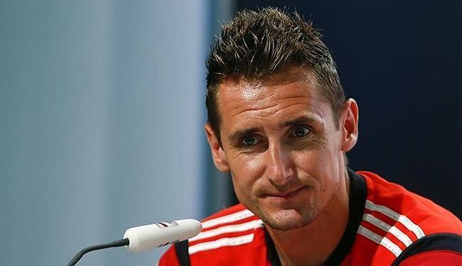 Atacante Klose se tornou o maior artilheiro da história das Copas - Foto: Arnd Wiegmann l Reuters