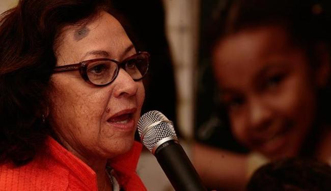 Lídice da Mata (PSB) quer conquistar eleitores que estão indecisos ou pretendem votar nulo e branco - Foto: Gildo Lima | Ag. A TARDE