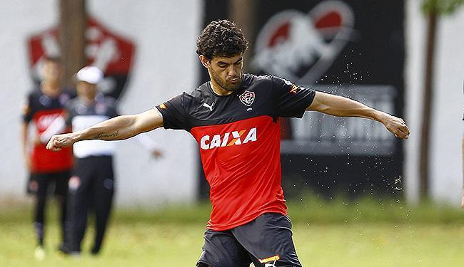 Meia uruguaio já está à disposição do treinador - Foto: Eduardo Martins   Ag. A TARDE