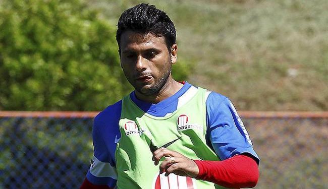 Maxi Biancucchi treina forte e quer acabar com jejum de gols em São Paulo - Foto: Eduardo Marttins | Ag. A TARDE