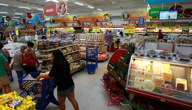 Grupo que estava com adolescente furtou outras lojas do mesmo supermercado - Foto: Erick Salles | Ag. A TARDE