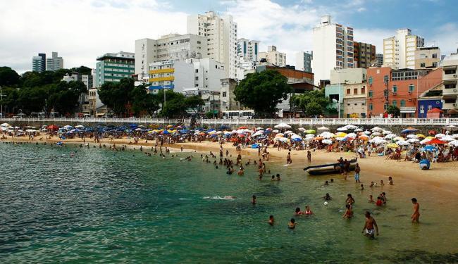 Corpo foi encontrado boiando no porto da Barra - Foto: Fernando Vivas   Ag. A TARDE