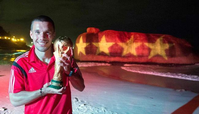 Podolski é considerado o mais brasileiro dos alemães - Foto: Agência Reuters