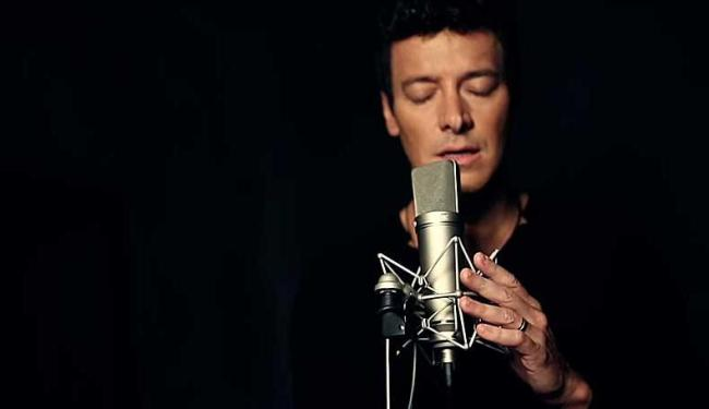 Rodrigo Faro gravou uma versão da música