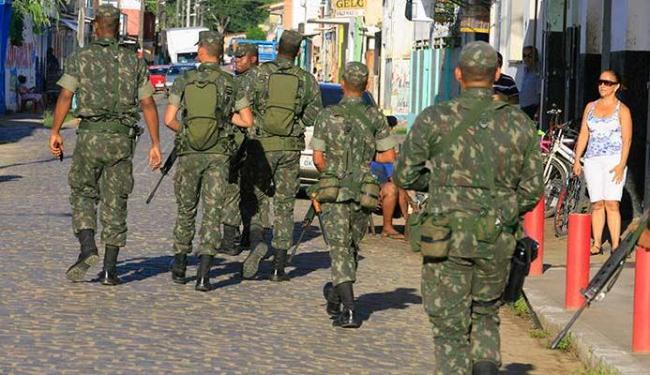 Militares do Exercito chegaram a patrulhar as ruas do centro de Buerarema - Foto: Joa Souza | Ag. A TARDE