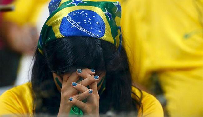 Torcida brasileira envergonhada com o 7 a 1 da Alemanha - Foto: Agência Reuters