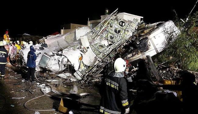 Um voo doméstico da Transasia Airways sofreu um acidente em sua segunda tentativa de pousar - Foto: Agência Reuters