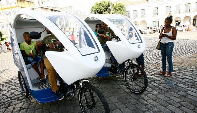 Veículos fazem o trajeto praça Thomé de Souza-Pelourinho, das 10h às 17h30 - Foto: Margarida Neide | Ag. A TARDE