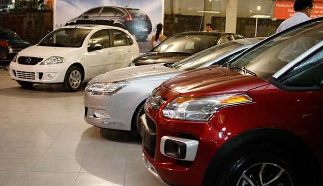 Vendas de veículos caíram 1,9% - Foto: Vaner Casaes | Ag. A TARDE 15.10.2010