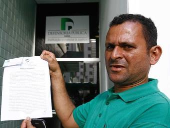 Jurandy confirmou que corpo é de seu filho - Foto: Fernando Amorim| Ag. A TARDE