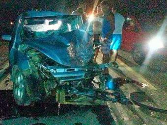 Motorista teria tentado uma ultrapassagem irregular e batido de frente - Foto: Plantão Noticias Iaçu
