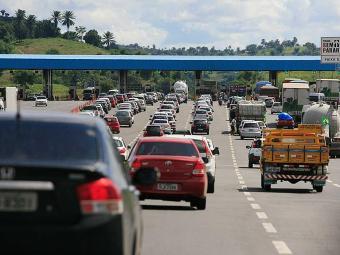 O licenciamento anual trata-se de uma autorização para o veículo circular nas vias - Foto: Joá Souza| Ag. A TARDE