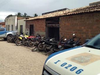 Dono do local foi autuado por receptação e estelionato - Foto: Ascom   Polícia Civil
