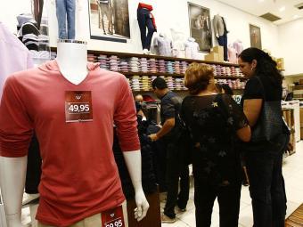 Vendas decepcionaram os lojistas no Dia dos Pais - Foto: Margarida Neide | Ag. A TARDE