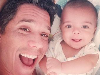 Márcio aparece na foto ao lado de João, seu filho caçula - Foto: Reprodução   Instagram