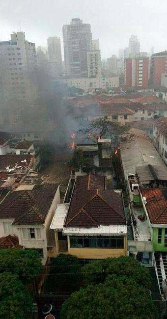 Área residencial onde caiu a aeronave - Foto: Reprodução | Facebook | Rafael Oliveira Augusto