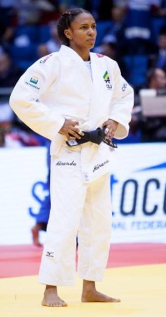 Érika faturou a primeira medalha do Brasil, no Mundial de Judô - Foto: Divulgação | CBJ