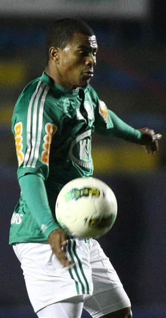 Mazinho tem tido poucas chances no Palmeiras - Foto: Marcos Bezerra l Futura Press l Estadão Conteúdo