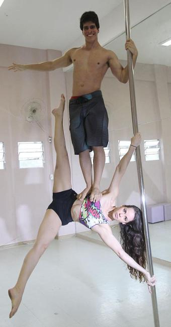 David Lins e Erika Thompson vão competir no brasileiro de pole - Foto: Lúcio Távora   Ag. A TARDE