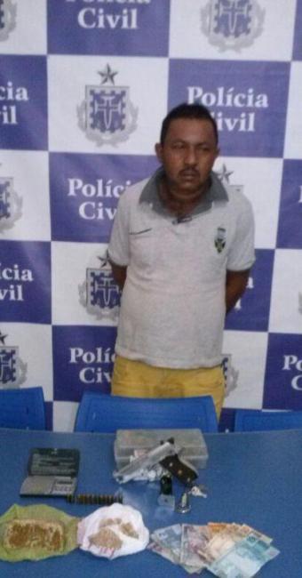 Adailton está no presídio de Juazeiro e a droga e todo o material apreendido foi para perícia - Foto: Divulgação | ASCOM Polícia Civil