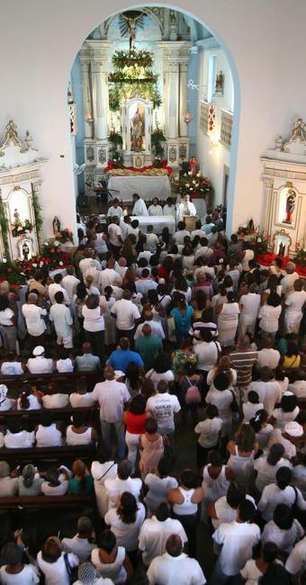 Missa em homenagem a São Roque acontece no santuário de São Lázaro - Foto: Marco Aurélio Martins | Ag. A TARDE