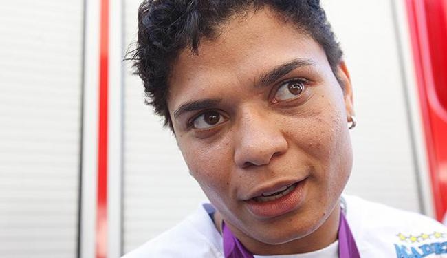 Boxeadora baiana é a terceira colocada no ranking mundial de seu peso - Foto: Margarida Neide | Ag. A TARDE