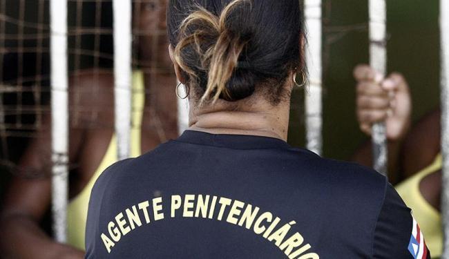 Das 490 vagas oferecidas, 96 são para mulheres - Foto: Luiz Tito | Ag. A TARDE