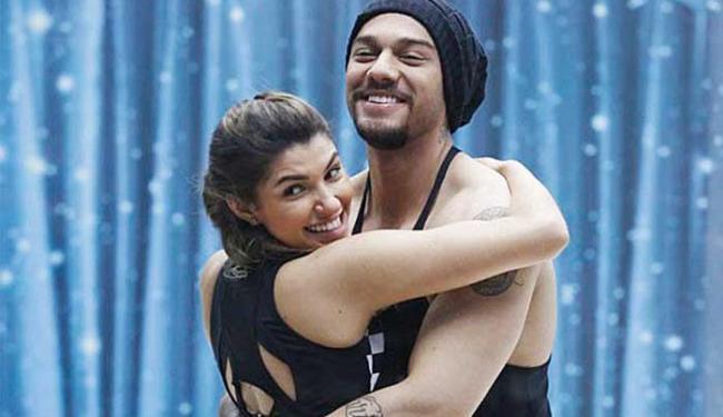 Lucas e Ana Paula estão juntos no quadro Danças dos Famosos, do