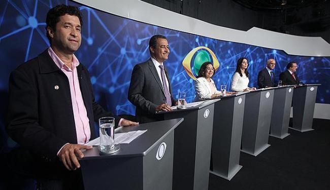 Debate entre candidatos traduziu clima da campanha - Foto: Lúcio Távora | Ag. A TARDE