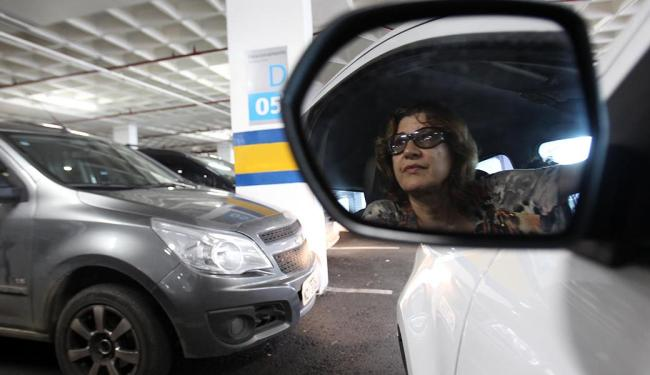 Clientes ouvidos por A TARDE, como a profª Ana Amélia, dizem que vão reduzir as visitas aos centros - Foto: Lúcio Távora | Ag. A TARDE