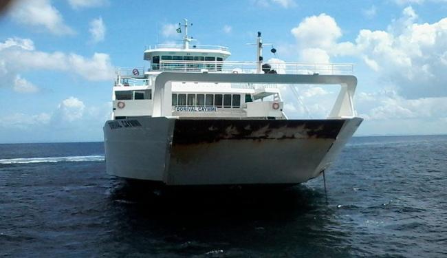 Primeiro ferryboat comprado na Grécia já navega pela Baía de Todos-os-Santos - Foto: Joá Souza | Ag. A TARDE