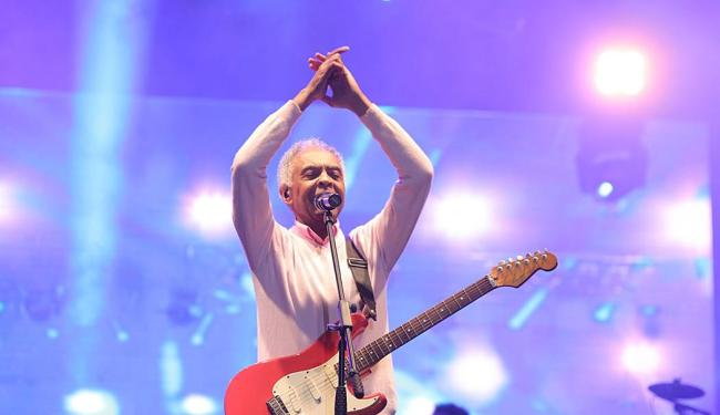 O público relembrou sucessos de Gil e pôde cantar junto com ele - Foto: Divlgação | Laécio Lacerda