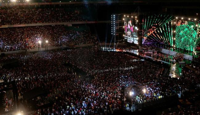 Ivete Sangalo fez show para comemorar 20 anos de carreira na Arena - Foto: Mila Cordeiro | Ag. A TARDE | 14.12.2013