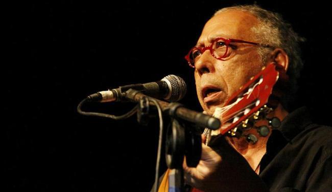 Jards Macalé é o único que adiciona voz ao instrumento - Foto: Glauker Bernardes | Divulgação