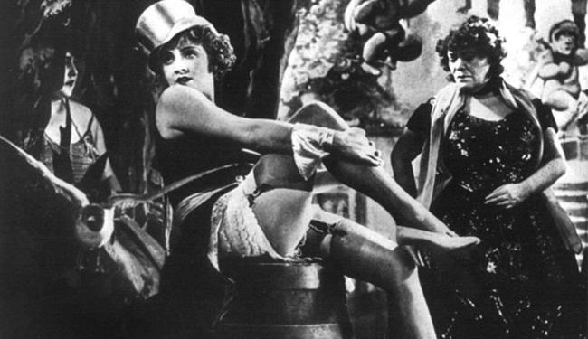 Marlene Dietrich durante as filmagens de