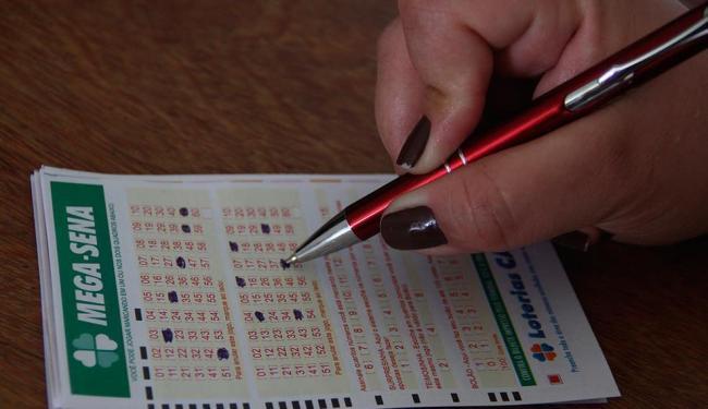 Os números sorteados foram 20-26-32-41-45-57 - Foto: Joá Souza   Ag. A TARDE