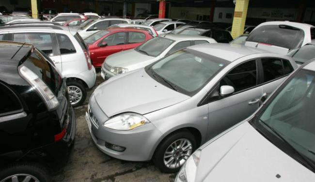 Feirão reunirá nos dias 29 a 31 mais de 400 veículos no estacionamento do Extra na avenida Paralela - Foto: Luciano da Mata   Ag. A Tarde