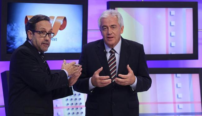 Político deve ser avaliado pelo que faz, disse Otto em entrevista a Casemiro Neto (E) - Foto: Lúcio Távora | Ag. A TARDE