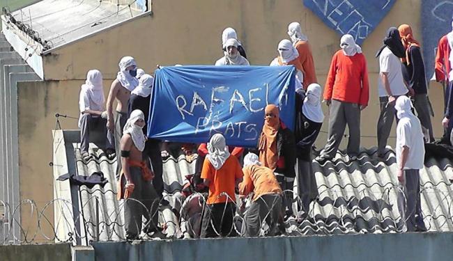 Presos iniciaram a rebelião neste domingo no Paraná - Foto: Divulgação   CGN